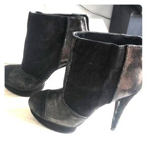 BCBG ankle boots